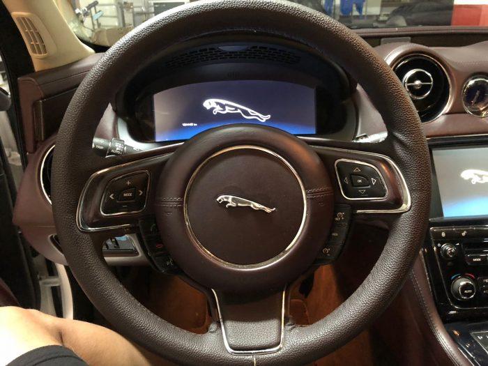 Volante jaguar antes
